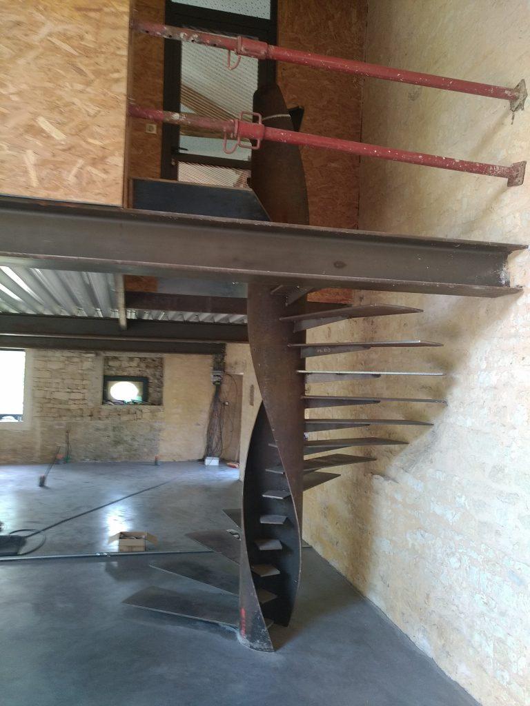 Escalier hélicoïdale acier